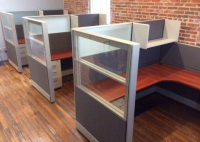 Our flagship tiles system Friant tiles workstation